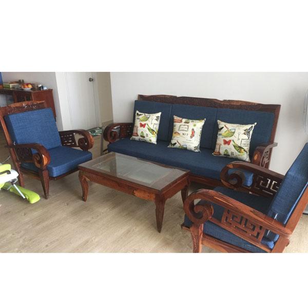 may đệm cho ghế gỗ phòng khách