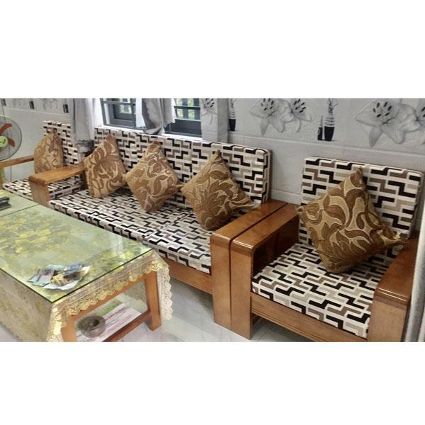 đặt may đệm cho ghế gỗ mới