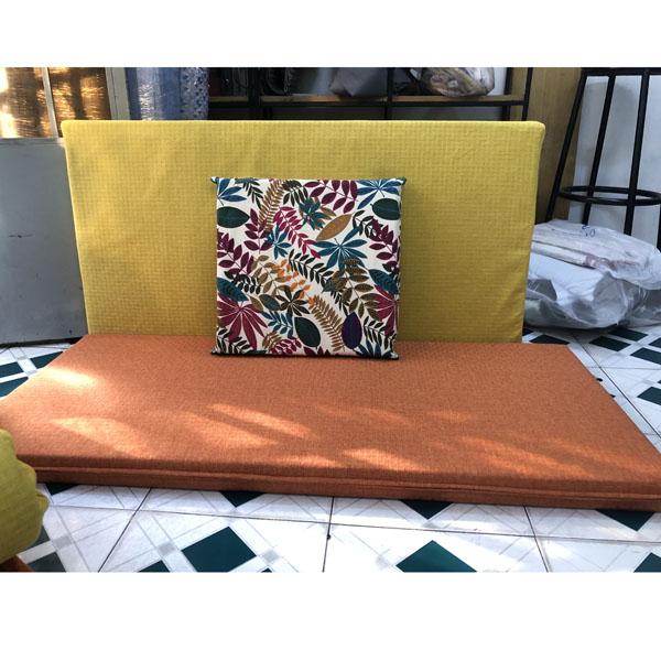 may bộ đệm cho ghế gỗ màu cam vàng