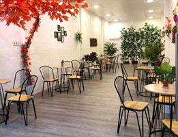 Bàn ghế đóng vai trò quan trọng như thế nào khi kinh doanh quán cafe