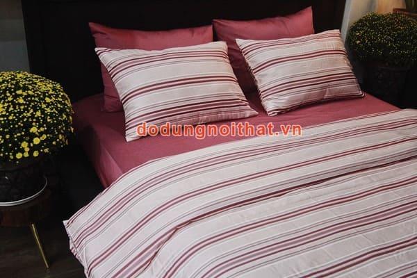 bộ chăn ga gối đệm màu hồng phấn sọc ngang