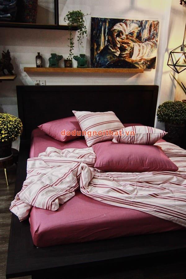bộ chăn ga gối đệm màu hồng phấn sọc ngang đẹp