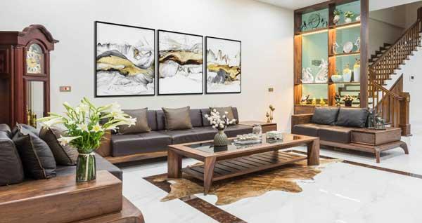 Căn phòng khách tạo ấn tượng với bộ bàn ghế sofa