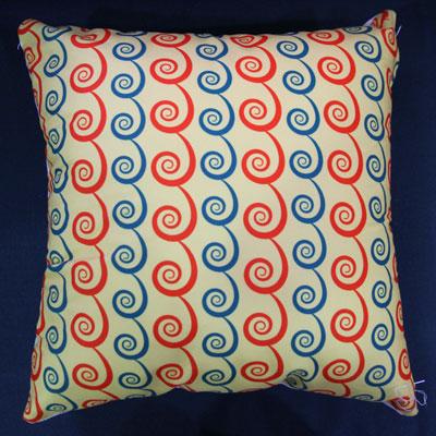 Gối tựa kiểu pattern màu