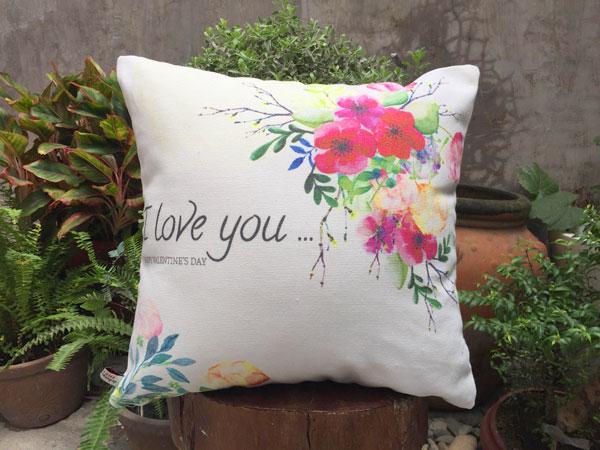 Gối sofa i love you