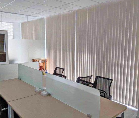 làm màn cửa văn phòng công ty ở đâu đẹp