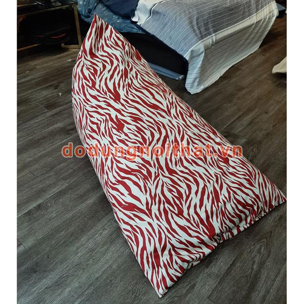 ghế lười hình thuyền tam giác màu trắng sọc đỏ
