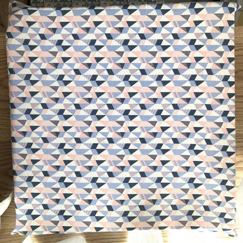 Nệm vải lanh cao cấp hình tam giác