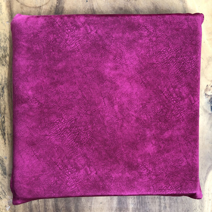Nệm lót ngồi vải nhung màu hồng tím