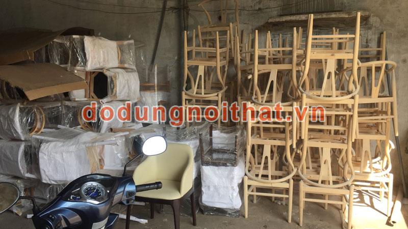 xưởng gia công sản xuất bàn ghế gỗ